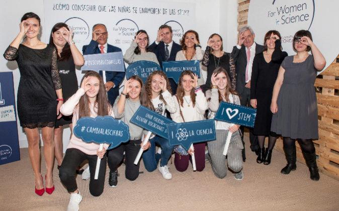 En la foto, participando en la campaña #Descubreconellas, Rafael van...