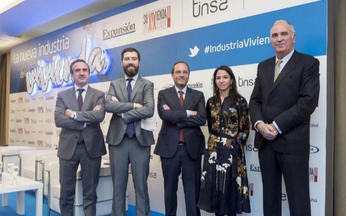De izq. a dcha., Manuel Balcells Caze, director general de Inbisa...