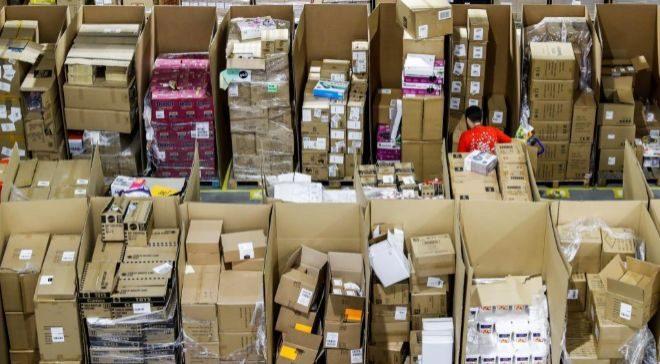 Imagen del centro logístico de Amazon en Torrejón de Ardoz (Madrid).