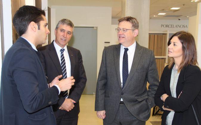 El conseller Rafa Climent y el presidente Ximo Puig, en la filial...