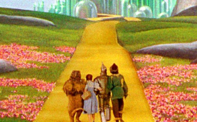 Fotograma de 'El Mago de Oz' (1939), dirigida por Victor...