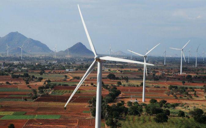 Imagen de una parque eólico en India