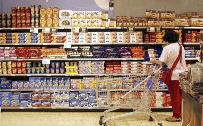 Imagen de archivo de un supermercado en Barcelona.