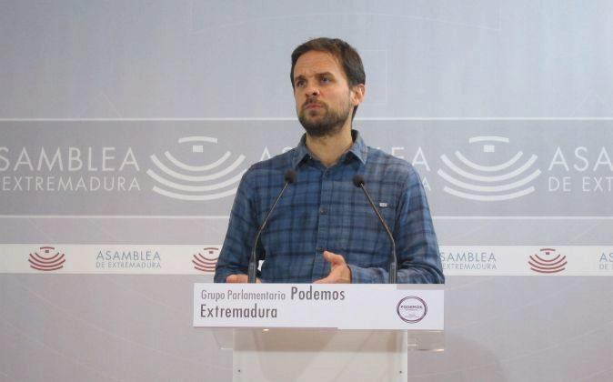 El portavoz del Grupo Parlamentario Podemos en la Asamblea de...