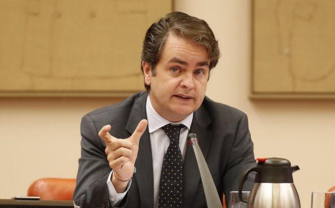 El secretario de Estado para las Administraciones Territoriales,...