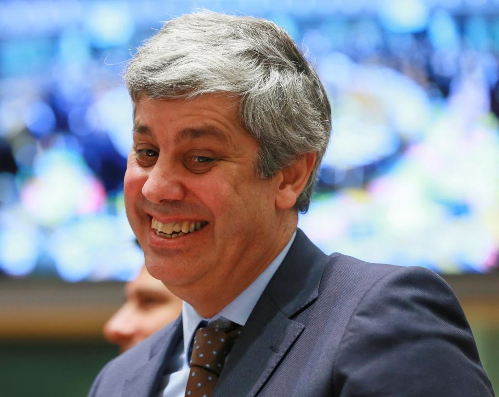 -El ministro de Finanzas portugués, Mário Centeno, presidente del...