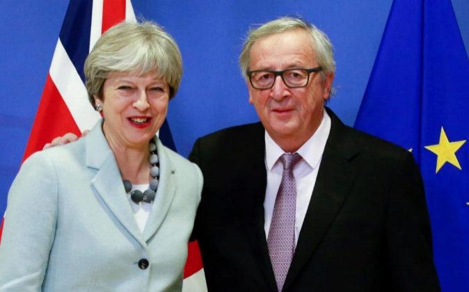 El presidente de la Comisión Europea, Jean-Claude Juncker, recibe hoy...
