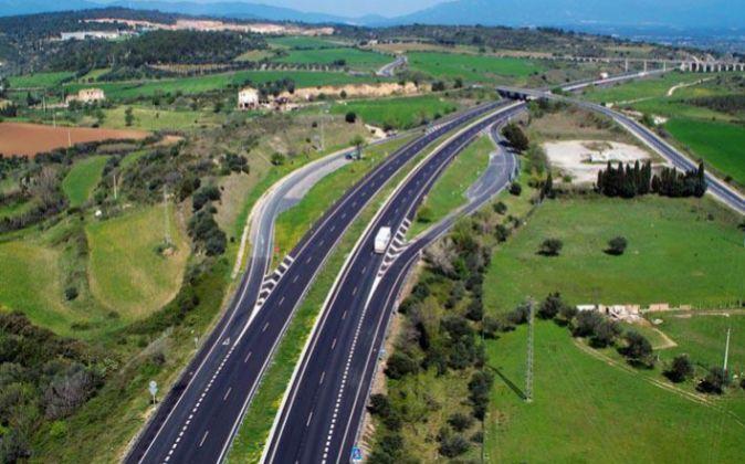 Autopista AP-7 gestionada por Abertis.