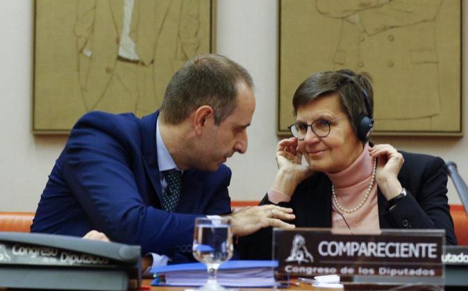 La presidenta de la Junta Única de Resolución (JUR), Elke König,...