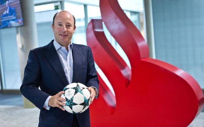 Juan Manuel Cendoya, vicepresidente de Santander España y director...