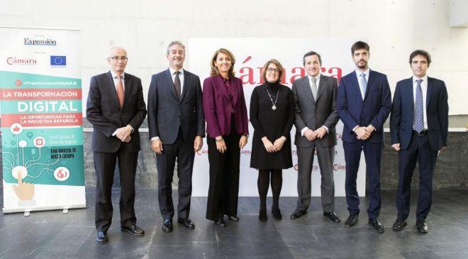 De izq. a dcha.: Josep Maria Serra, director general corporativo y...