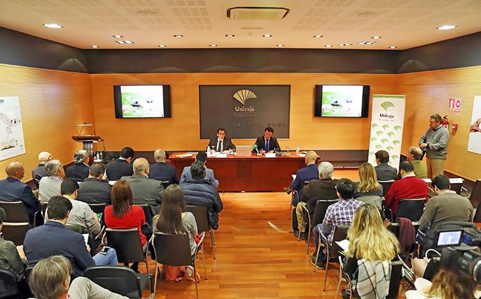 Presentación del 'Informe Anual del sector agrario' de...