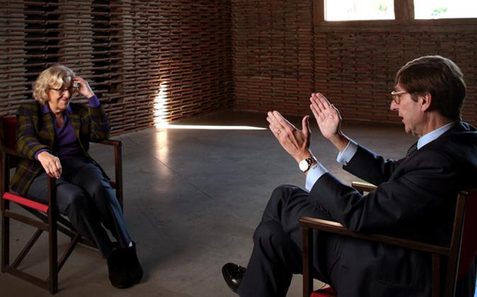 La alcaldesa de Madrid y el presidente de Bankia en un momento del...