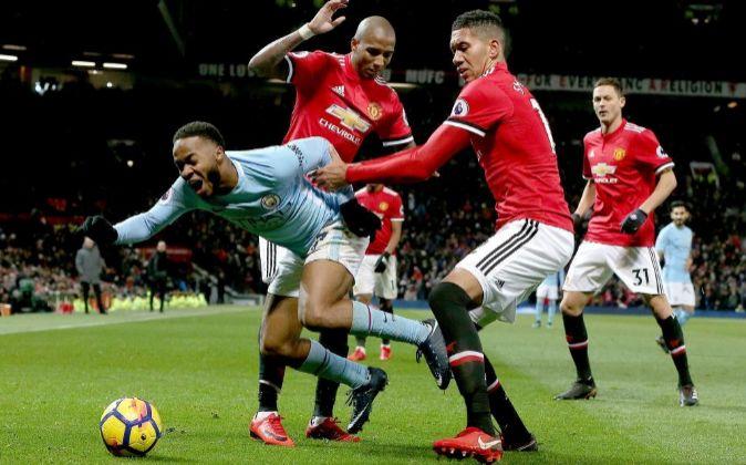 Partido entre el Manchester City y el Manchester United.
