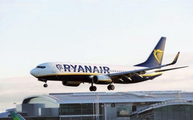 Avión de Ryanair en Dublín (Irlanda)