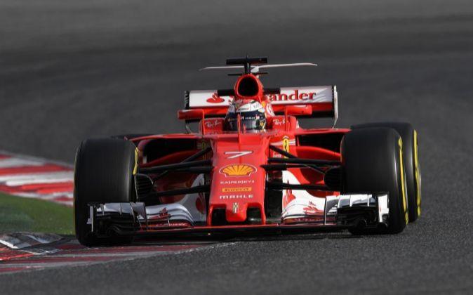 Kimi Raikkonen a los mandos de su Ferrari.