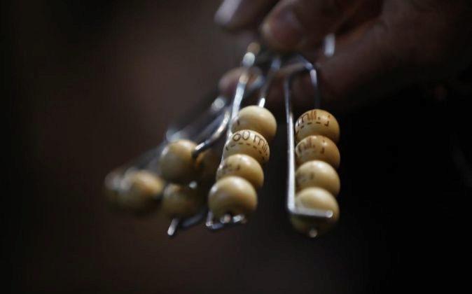 Detalle de algunas de las 85.000 bolas que entrarán en el bombo de la...