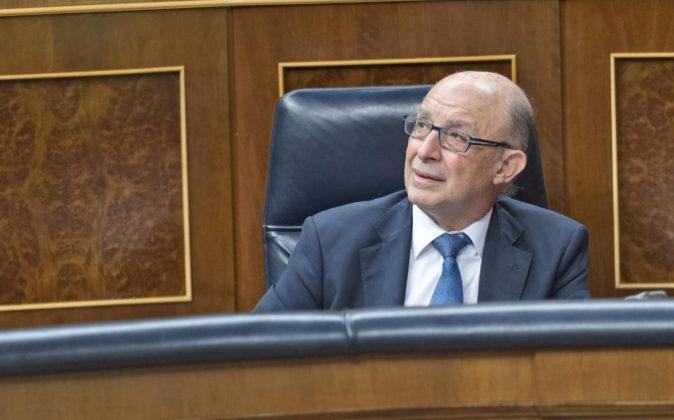 El ministro de Hacienda y Función Pública, Cristóbal Montoro, en...