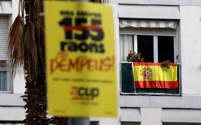 Banderas y carteles electorales se mezclan en Las Ramblas de...