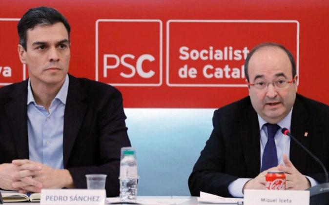 El Secretario General del PSOE Pedro Sánchez, y líder de los...