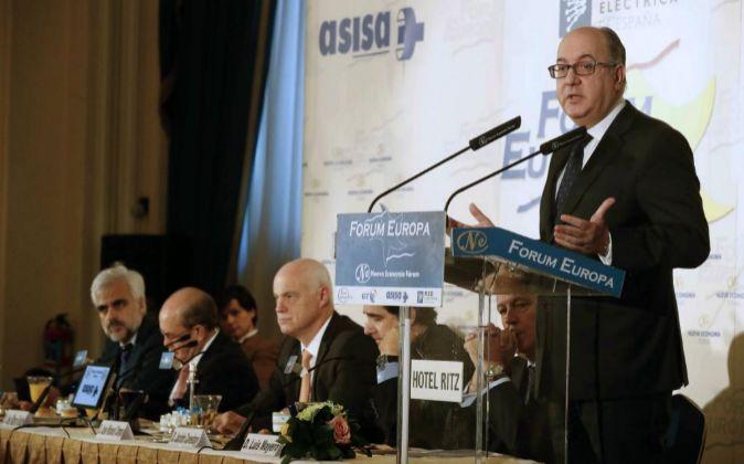El presidente de la Asociación Española de Banca, José María...