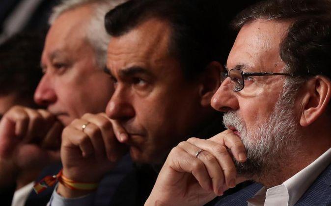 El presidente del gobierno Mariano Rajoy, el senador Javier Arenas...