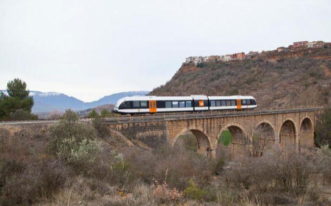 Tren de Stadler en la línea Lleida-La Pobla de Segur