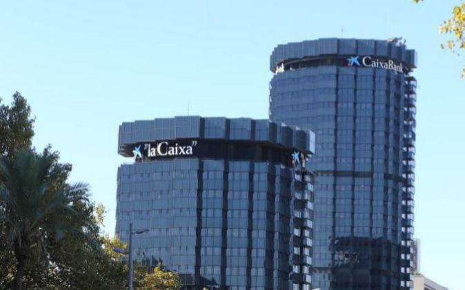 Edificio de Caixabank en la Diagonal en Barcelona