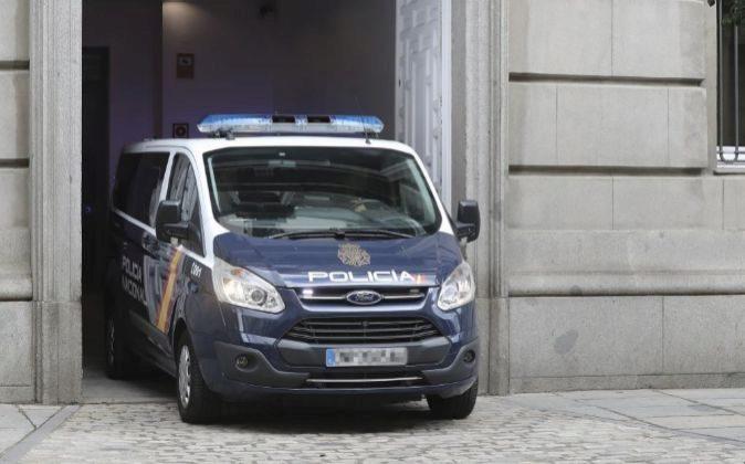 El furgón policial que traslada a Oriol Junqueras, abandona el...