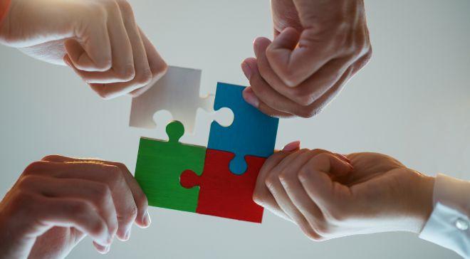 Siemens recomienda la implicación de todas las partes afectadas,...