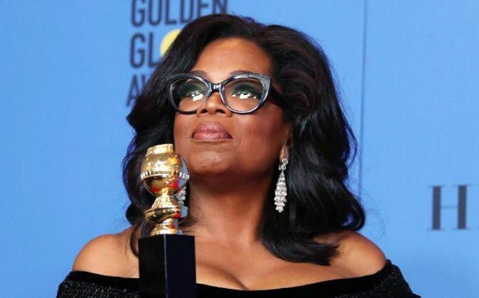 La estrella televisiva Oprah Winfre recibió el Globo de Oro...
