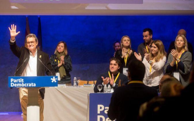 El expresidente del PDeCAT, Artur Mas, se despide del consell nacional...