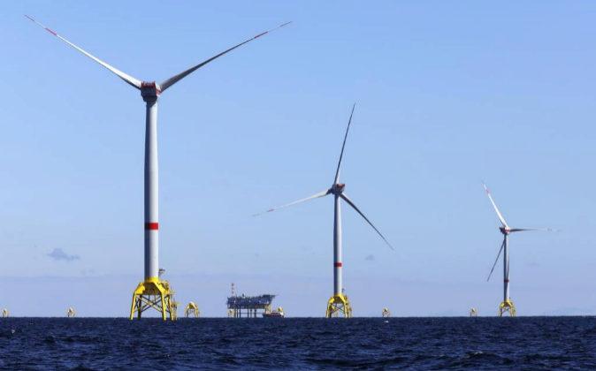 Subestación eléctrica del parque eólico marino Wikinger, de...
