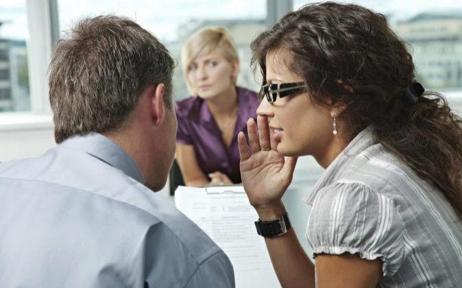 6 de cada 10 empresas tienen un canal para delatar a un compañero