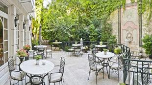 Imagen de las instalaciones del Hotel Orfila, en la zona exterior de...