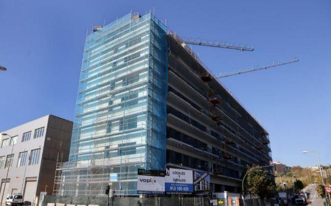 Construcción de vivienda nueva en Barcelona.