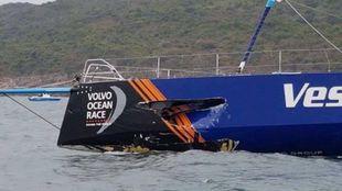 Detalle de los daños sufridos por el Vestas 11th Hour Racing en la...