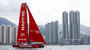 El Mapfre, a su llegada a Hong Kong.