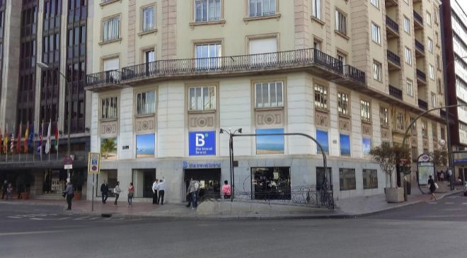 Flagship de B the Travel Brand en el Paseo de la Castellana de Madrid.