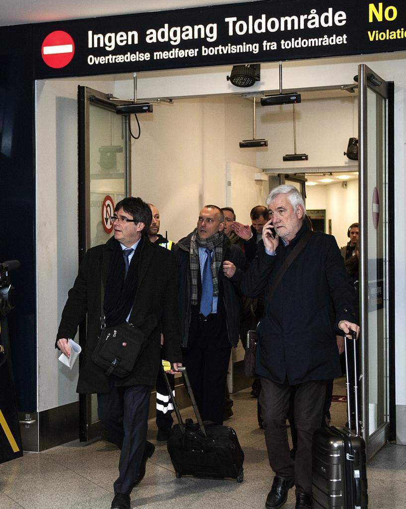 El expresidente de Cataluña Carles Puigdemont a su llegada ayer al...