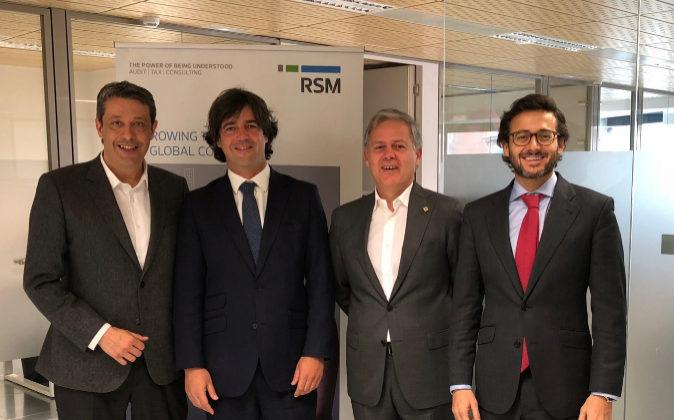 De izqda. a dcha., David García, vicepresidente de RSM Spain; Ángel...