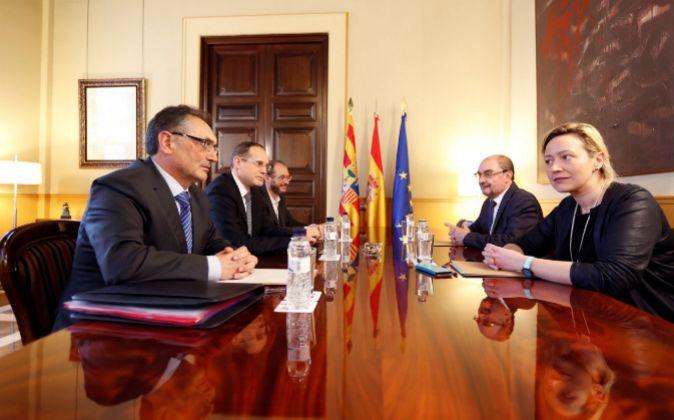 Reunión del gobierno de Aragón con los dirigentes de Opel en...