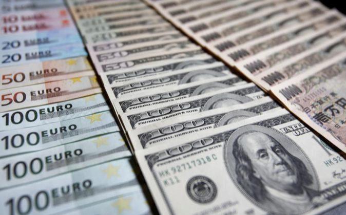 Billetes de euro, dólar y yen.