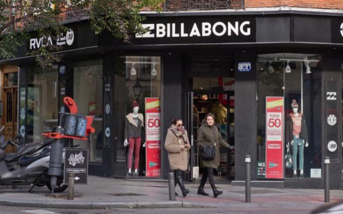 Imagen de la tienda temporal de Billabong y El Corte Inglés en la...
