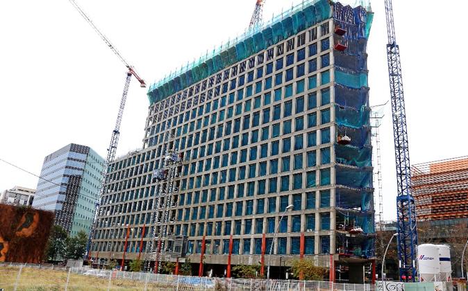 El edificio que construye Colonial y ocupará King está en el 150 de...