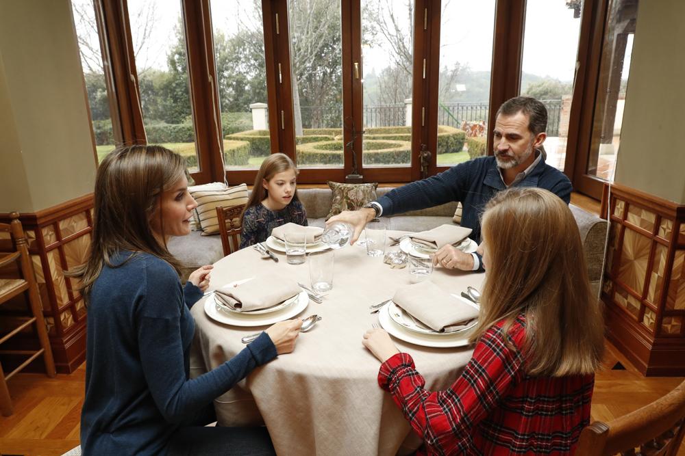 Imágenes de un reciente almuerzo familiar el pasado 13 de enero en su...