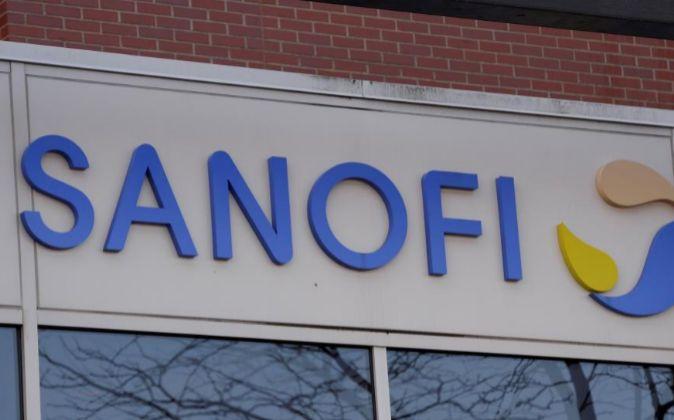 Fachada de las oficinas del gigante farmacéutico francés Sanofi en...