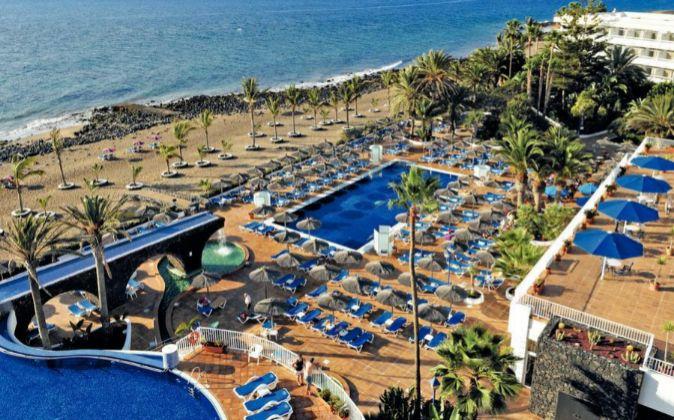 Hotel gestionado por Thomas Cook en Puerto del Carmen (Lanzarote).