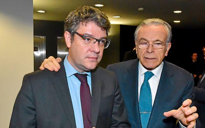 El ministro Álvaro Nadal impartió ayer una conferencia en el...