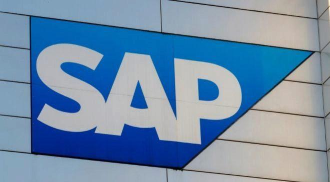 Logotipo del fabricante alemán de software para empresas SAP en su...